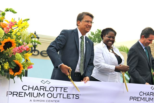 Gov. Pat McCrory and City Council Member LaWana Mayfield