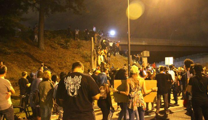 Protestors Try To Climb Onto I-277