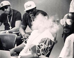 young buck snoop smoking